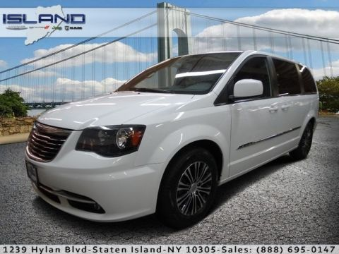 Pre-Owned 2014 Chrysler Town & Country S Front Wheel Drive Minivan/Van